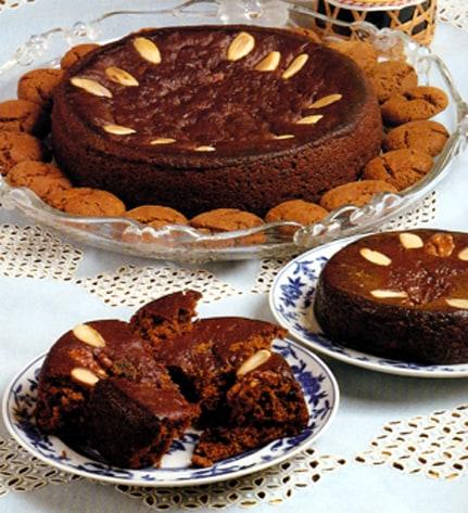 """Honey Cake """"Bolo de Mel Madeira"""" 1"""