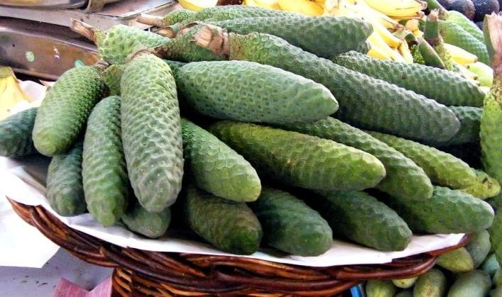delicious-fruit-madeira