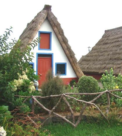 Santana's Typical Houses at Madeira Island - Casas de Colmo Santana 1