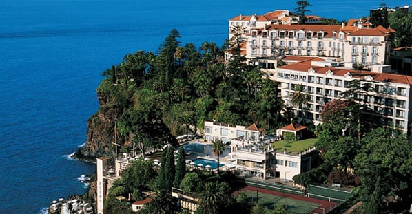 Reid 's Palace and The Cliff Bay are the best hotels in Portuguese Top 100 Expedia 2