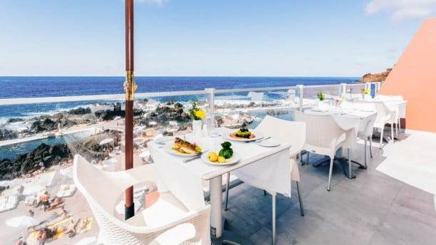 Porto Moniz Restaurants