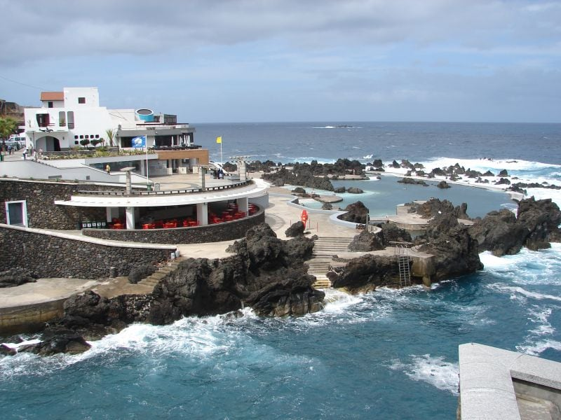 Porto Moniz | Natural swimming pool | Lava Pools 7